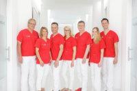 Ärzteteam der Zahnklinik Med-Smile in Mannheim.jpg