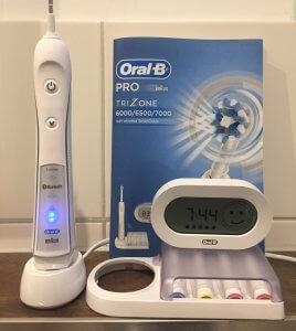 Oral B PRO 6500 mit Ladestation und separater Aufbewahrung für Aufsteckbürsten